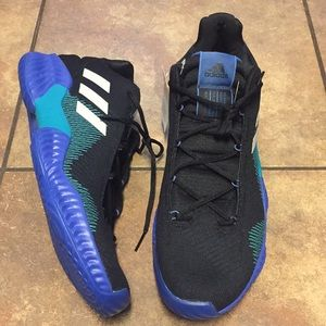 New Adidas Shoes size 18
